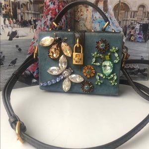 a2cebf42179e Women s Discount Authentic Designer Handbags on Poshmark